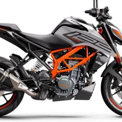 KTM_125_DUKE_-_right_grey